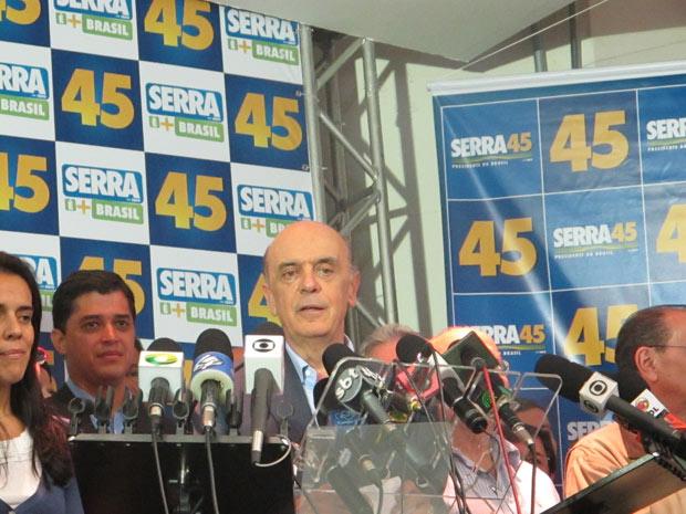 José Serra faz pronunciamento em São Paulo