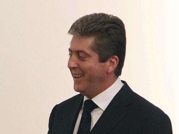 O presidente da Bulgária, Georgi Parvanov, em encontro com a chanceler da Alemanha, Angela Merkel, em 11 de outubro.