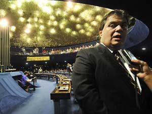 O senador Gim Argello (PTB-DF), relator do Orçamento, em imagem de agosto