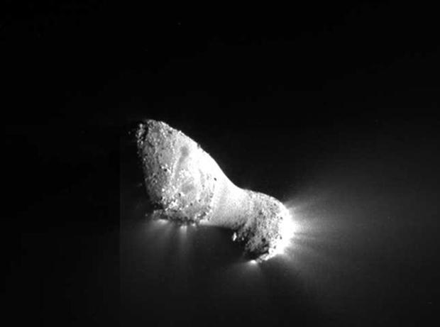 O Hartley 2, em imagem enviada pela sonda Deep Impact