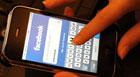 Demissão após crítica no site gera ação (Saeed Khan/AFP)