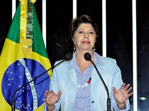 Senadora Marisa Serrano (PSDB-MS) durante discurso na sessão desta segunda-feira (08).