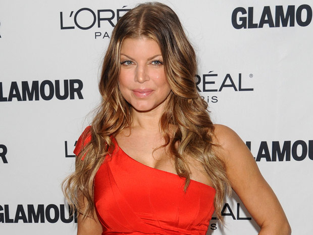 A cantora Fergie na premiação de 'Mulheres do ano' promovida pela revista 'Glamour' em Nova York