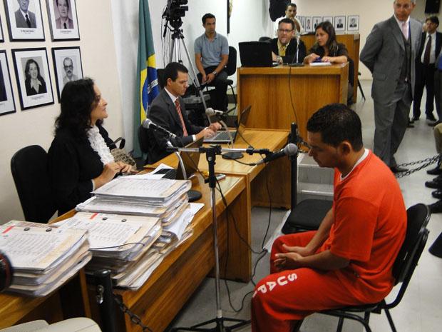 Flávio Caetano é o primeiro a ser interrogado nesta terça-feira (9)