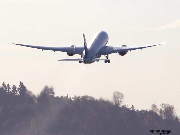 Modelo de testes do Boeing 787 decola em Seattle, nos Estados Unidos, em imagem de arquivo