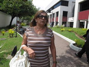 Mãe de Marcelo Silva, Regina Célia, foi ao Fórum da Taquara para se encontrar com Ana Maria Braga, mas apresentadora não compareceu