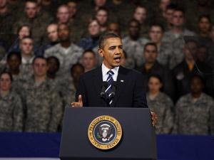 Barack Obama discursa para militares americanos em Seul