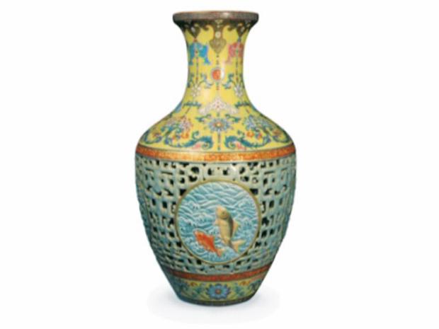 O vaso chinês do século XVIII.