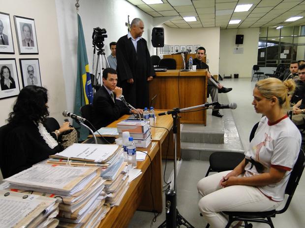 Fernanda Gomes é ouvida pela justiça em Contagem