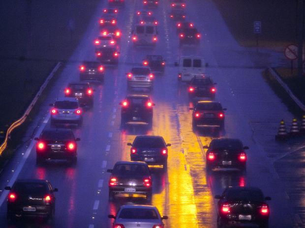 Rodovia dos Imigrantes tem tráfego intenso