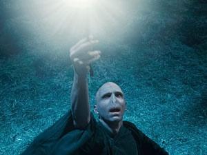 O ator Ralph Fiennes interpreta o Lorde Voldemort na franquia (Foto: AP)