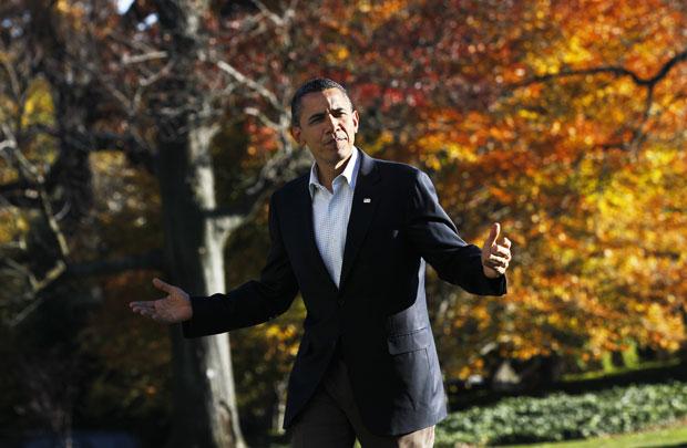Obama retornou a Washington neste domingo (14) após dez dias na Ásia