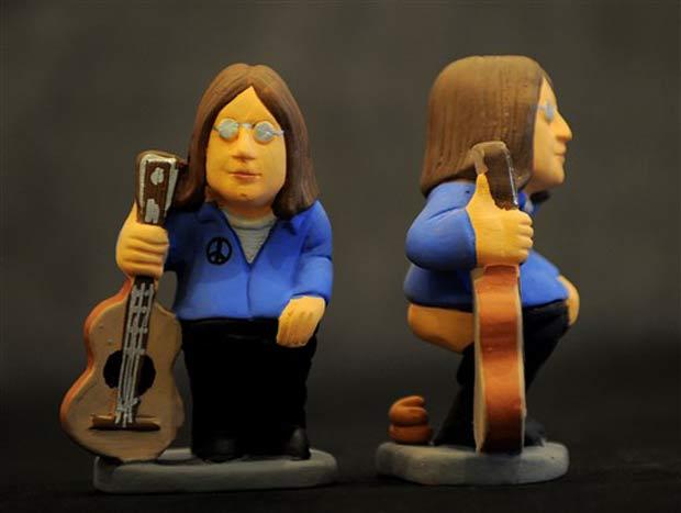 Estatueta do ex-beattle John Lennon.
