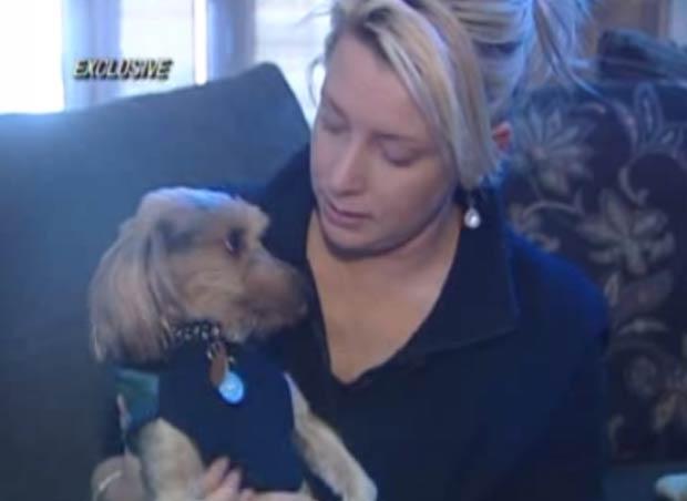 Melissa Alexander recuperou seu cão de estimação que tinha sumido há dois anos.