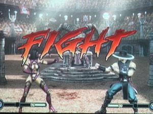 O embate entre Mileena e Kung Lao; fãs aprovaram os fatalities