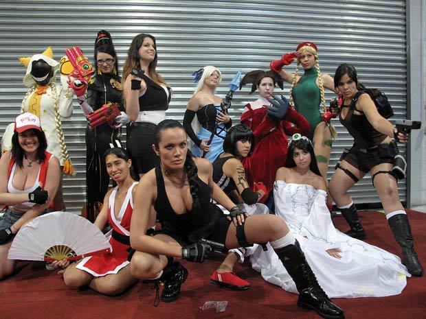 Meninas se caracterizaram de personagens de animes e videogames em concurso no Rio