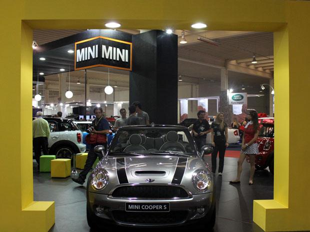 Show room da MINI apresenta o Mini Cooper S no Salão do Automóvel de Curitiba