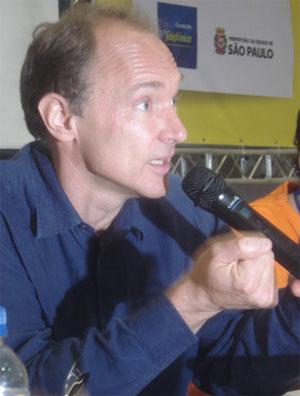 Tim Berners-Lee, durante passagem pelo Brasil em 2009.