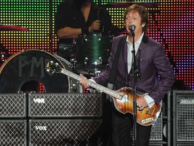 Show Paul McCartney