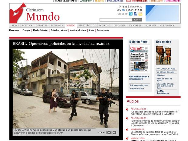 Galeria de fotos publicada pelo jornal argentino 'El Clarín' mostra imagens da ocupação de morros do Rio de Janeiro, nesta terça-feira (23)