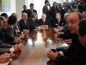 O presidente da Câmara e vice-presidente da República eleito, Michel Temer, se reúne com governadores eleitos