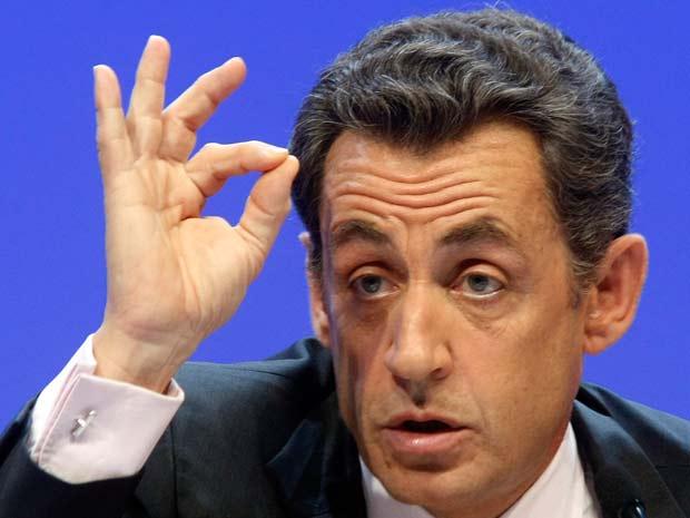 O presidente francês Nicolas Sarkozy, durante evento em Paris na terça-feira (23)