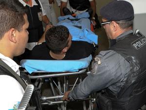 Agente fica ferido em ação no Morro da Fé