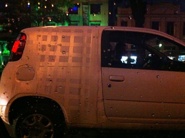 Uno duas portas foi flagrado em Belo Horizonte.