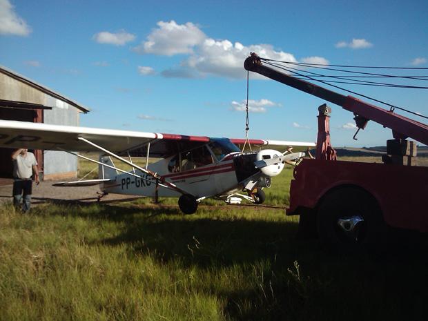 Avião de pequeno porte teve um problema no trem de pouso no aeroporto de Passo Fundo.