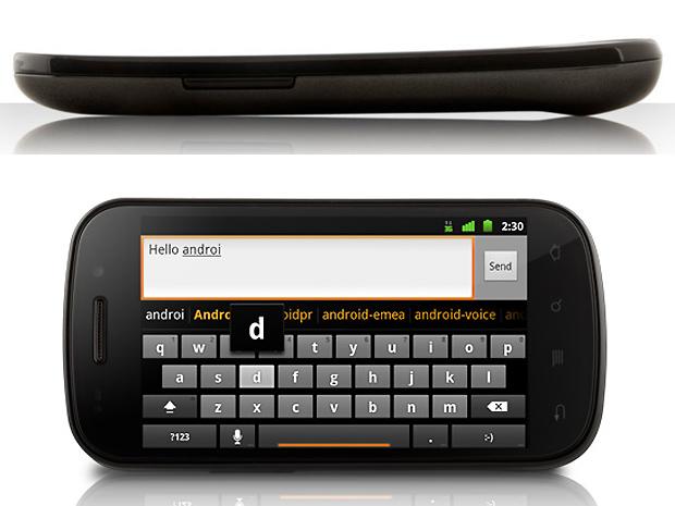 Samsung Nexus S possui tela em curva que reduz em até 75% o reflexo.