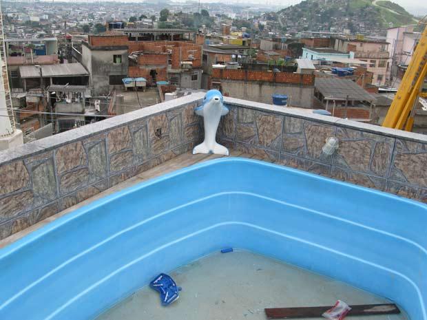 Vista da piscina na casa que será uma das sedes do novo batalhão