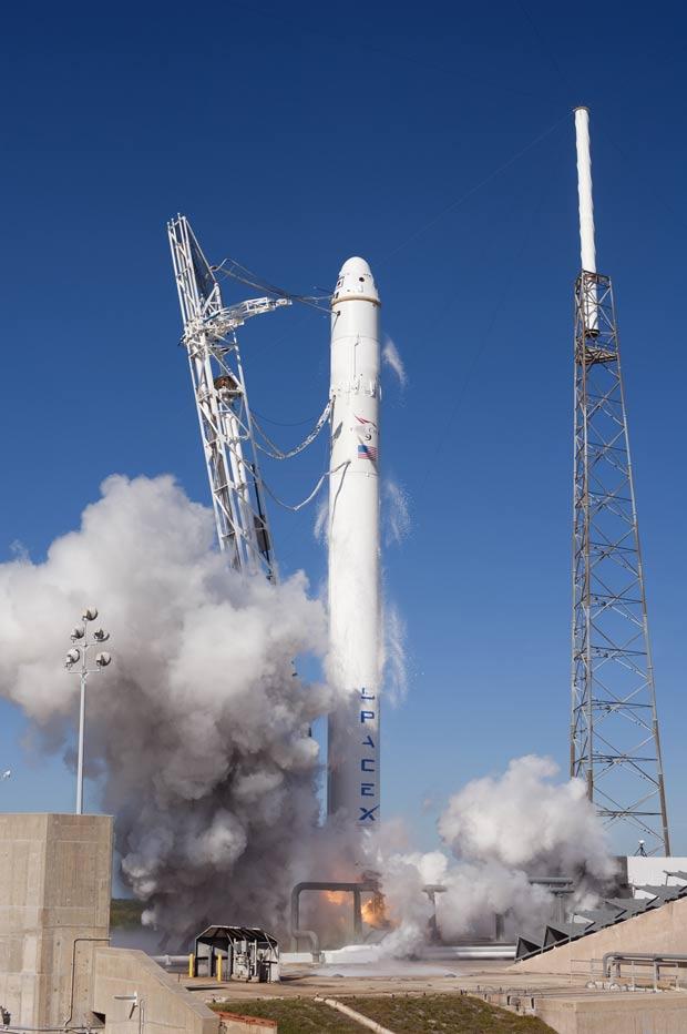 SpaceX lançamento 1