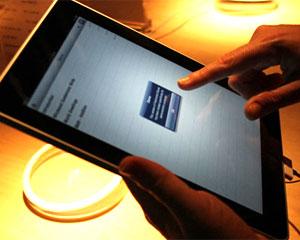 iPad foi lançado no Brasil no início de dezembro. (Foto: Daigo Oliva/G1)