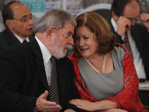 Lula e a coordenadora do PAC, Miriam Belchior, futura ministra do Planejamento