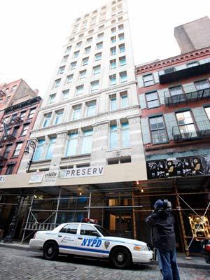 Prédio onde o filho de Bernard Madoff, Mark, foi encontrado morto, em Nova York