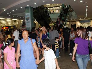 Shoppings no Rio ampliam horário de funcionamento