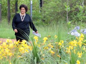 A ministra do Meio Ambiente, Izabella Teixeira, durante lançamento do início das atividades do Inventário Florestal Nacional, no Jardim Botânico de Brasília