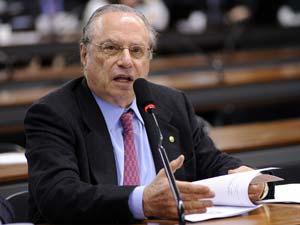O deputado Paulo Maluf (PP-SP) durante sessão da Câmara