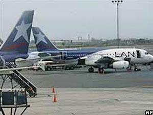 LAN informou que 'todos os voos domésticos e internacionais deste dia 21 de dezembro foram cancelados'.
