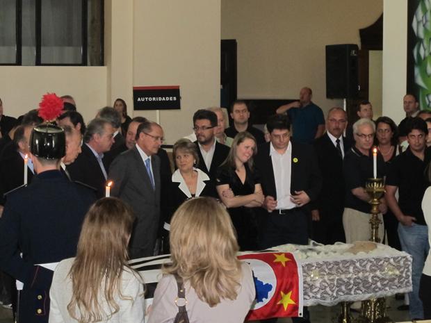 Alckmin e Alda Marco Antonio acompanham velório do ex-governador Orestes Quércia