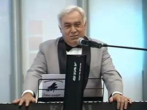 Maestro Zezinho dirigiu a orquestra do SBT durante décadas