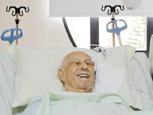 O vice José Alencar na UTI do hospital Sírio-Libanês, em São Paulo