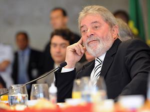 Presidente Lula participa de confraternização com jornalistas do comitê de imprensa do Palácio do Planalto