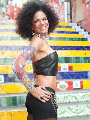A advogada Vida Pinheiro, de 57 anos, é uma das modelos do calendário