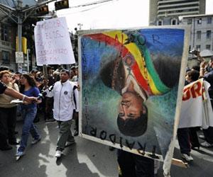 Bolivianos protestam em La Paz.