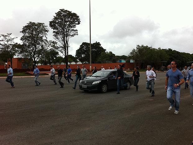 Policiais ensaiam segurança de Dilma Rousseff na posse