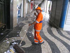 Papel picado - Gari (Foto: Aluizio Freire)