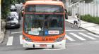 Com bloqueios em São Paulo, ônibus entala (Luciana Bonadio/G1)