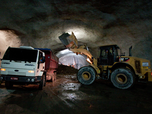 Segundo a Secretaria estadual de Transportes, obras do túnel de serviço já estão concluídas