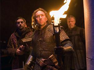 O ator Nicolas Cage em cena do filme 'Caça às bruxas'